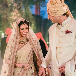 Asin, Rahul Sharma tie the knot