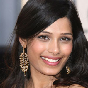 Freida Pinto signs her first Bollywood film
