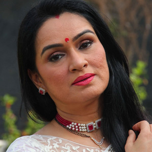 Interview: Padmini Kolhapure on her super star days, and more