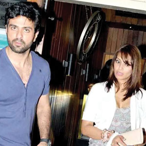 Wedding bells for Bipasha, Harman?