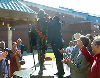 India's first Consul General for Atlanta helps celebrate Gandhi's Birthday
