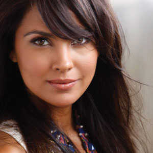 Lara Dutta is the new mom- to-be in town
