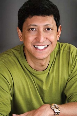 Chat with Comedian Dan Nainan