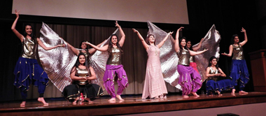08_18_AT-SadhuVaswani_dancers.jpg