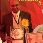 Shiv Aggarwal receives award in India