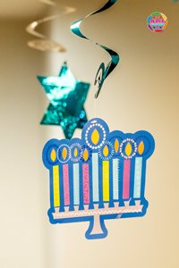 Hanukkah_display hanging decorations_Sri Photos_200.jpg