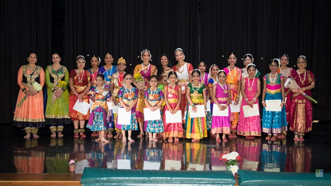 Bharatanatyam_group680.jpg
