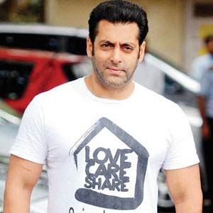 04_13-Bollywood_Salman.jpg