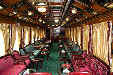 12_17_CvrStry-TrainJourney-Palace-on-wheels.jpg