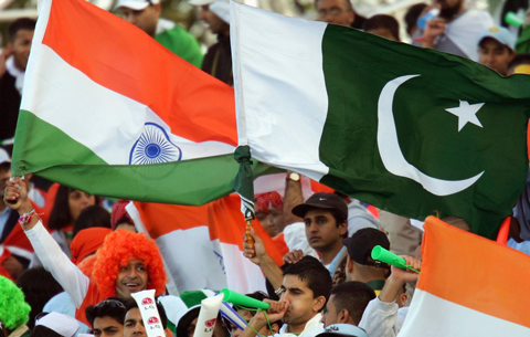 06_19_CvrStry-Cricket-Indo-Pak-Fans2.jpg