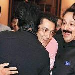 SRK, Salman hug each other, but have they patched up?