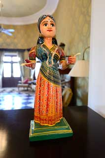 02_14-Travel-Banaras-woodenToy1.jpg