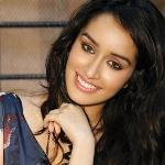 Ranbir Kapoor takes a fancy to Shraddha Kapoor