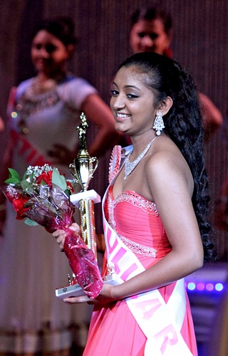 Pageant_IACA-Eyescrop_320.jpg