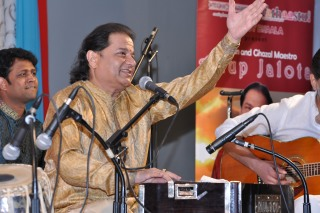 AnupJalota_0038_larger_149.JPG