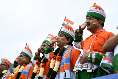 06_19_CvrStry-Cricket-Indian-Fans.jpg