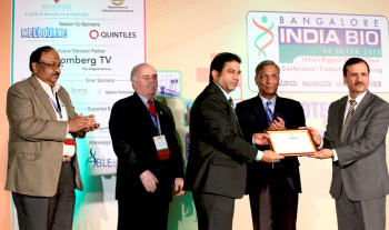 Newsmakers_Ani_USIBRC award group_135.JPG